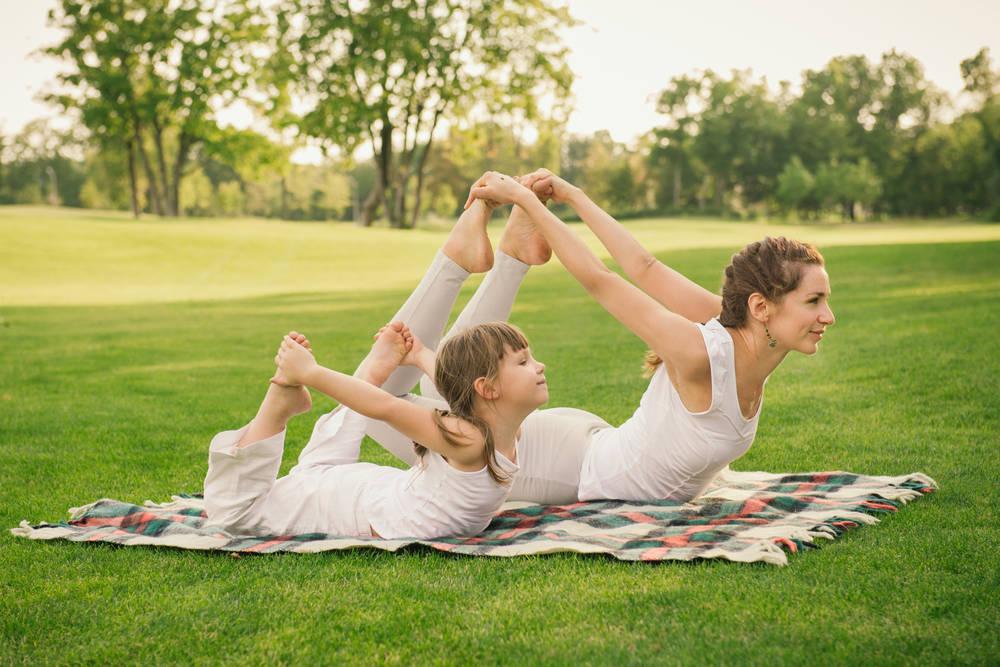 Las Grandes Ventajas de practicar Yoga con nuestros Hijos